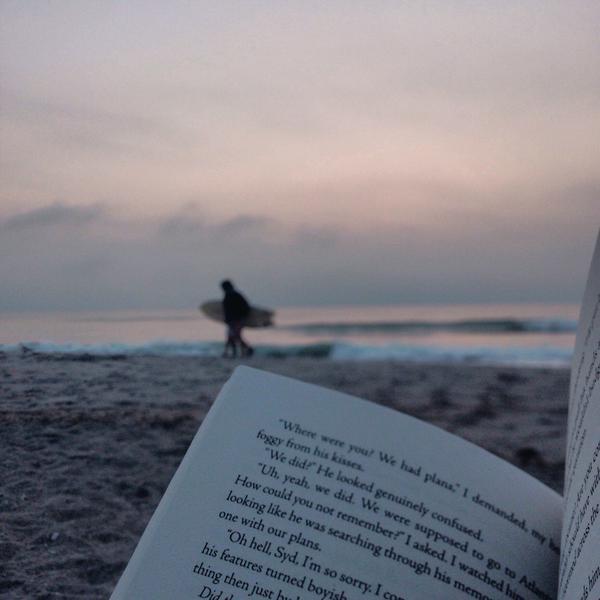 via bookbaristas.tumblr.com