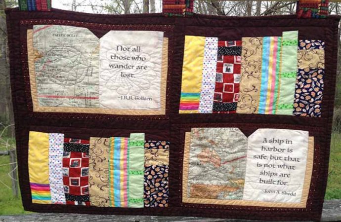 15 Amazing Quilts For Book Lovers